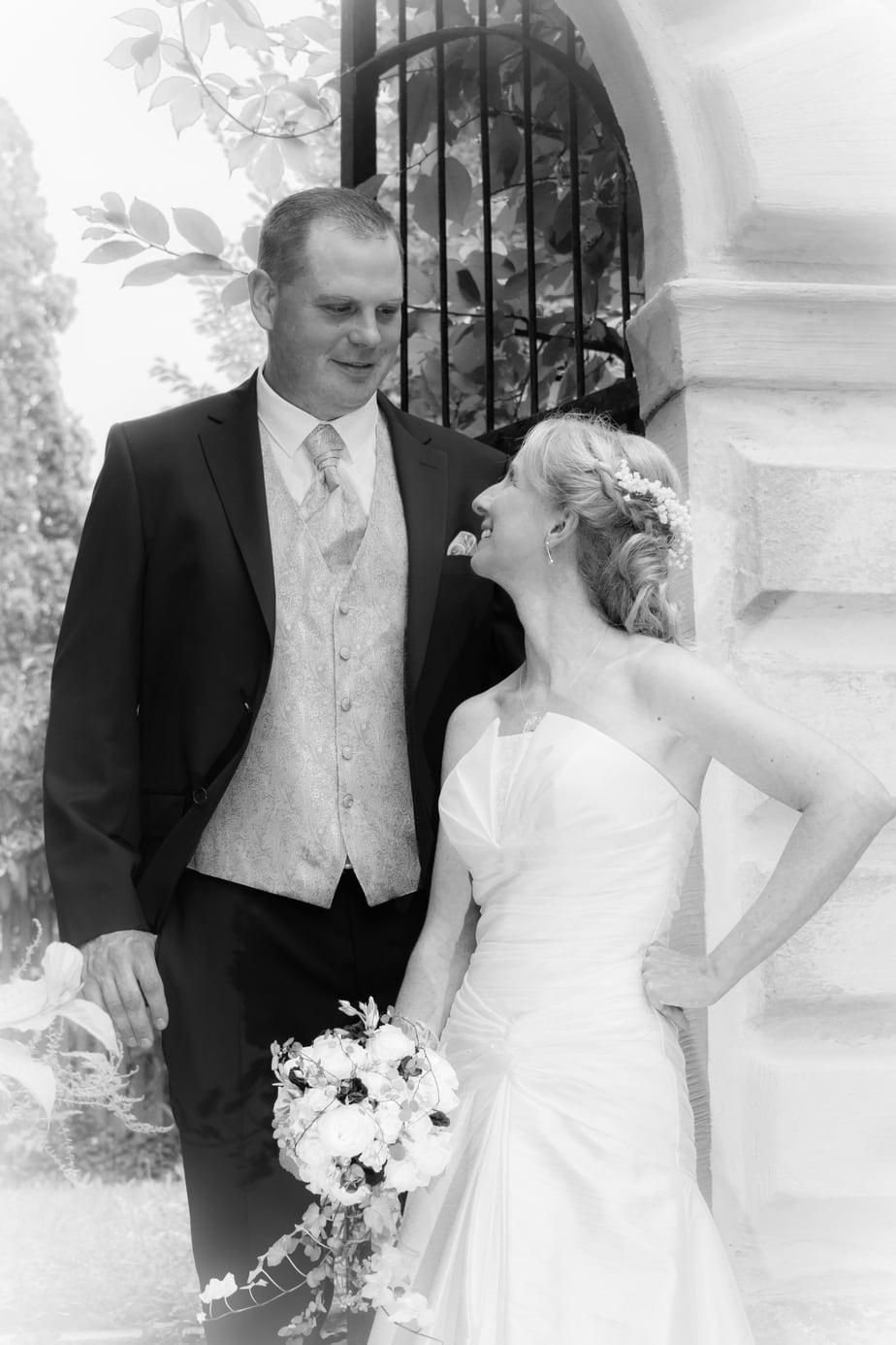 Sinnliche Hochzeitsfotos im Schlosspark