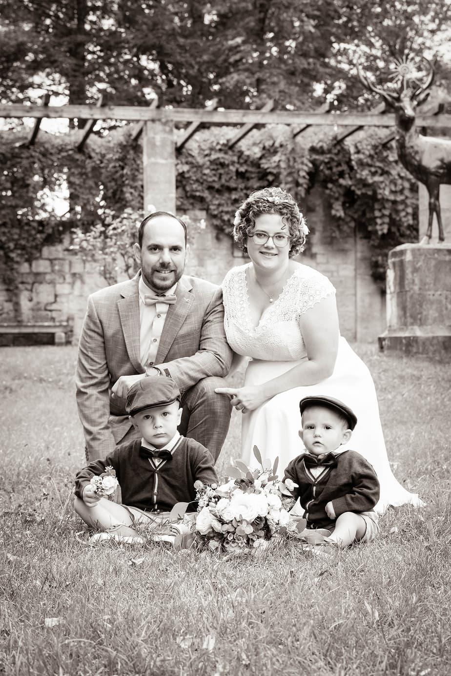 Hochzeitsfoto mit Kindern